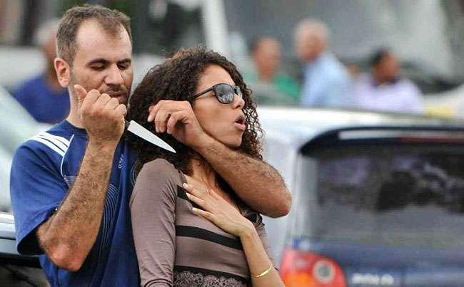 Com faca, homem faz mulher refém em Brasília