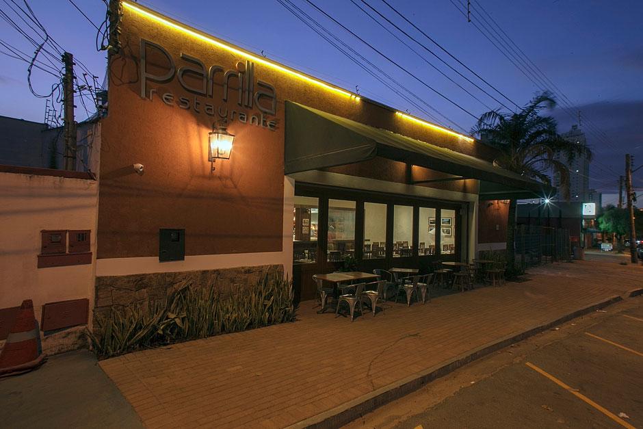 Restaurante de churrasco uruguaio celebra 10 anos com cara nova e novidades no cardápio