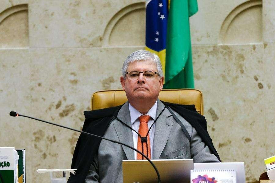 Janot nega pedido para suspender nomeações de Temer para ministérios