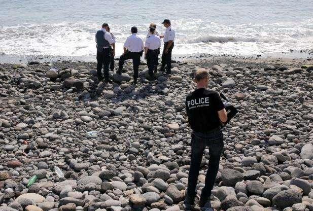 Fonte judicial afasta relação entre pedaços de metal e voo MH370