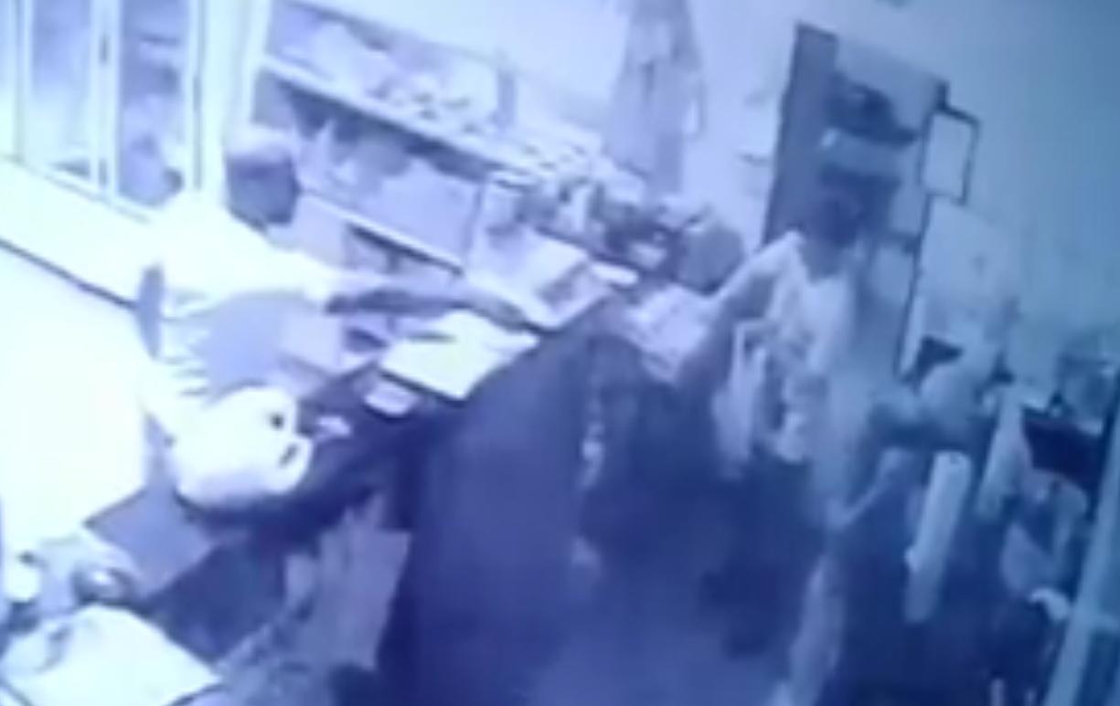 Câmeras de segurança registram assalto a panificadora no Setor Coimbra