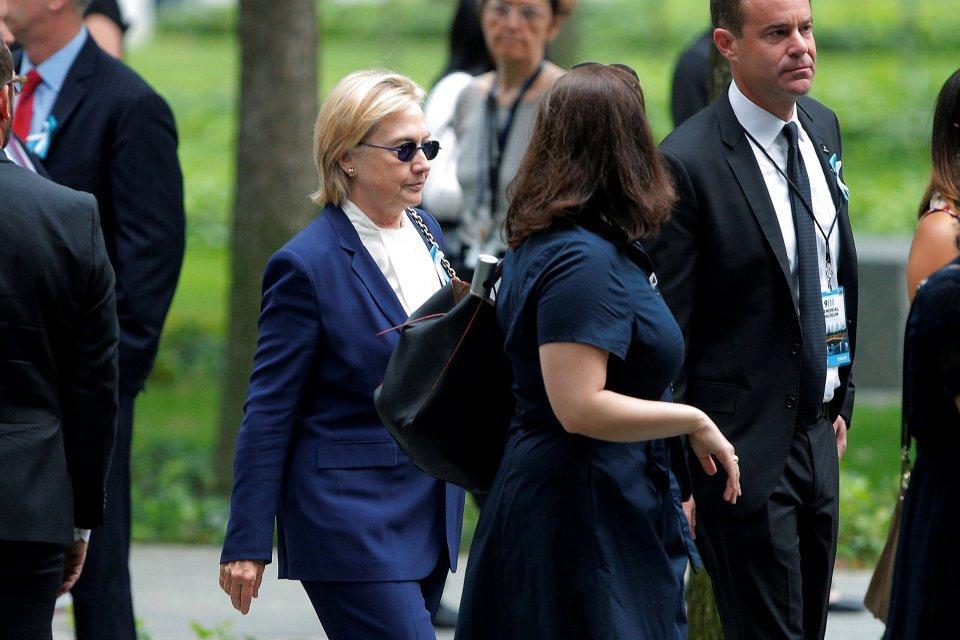 Hillary Clinton é diagnosticada com pneumonia e é aconselhada a descansar