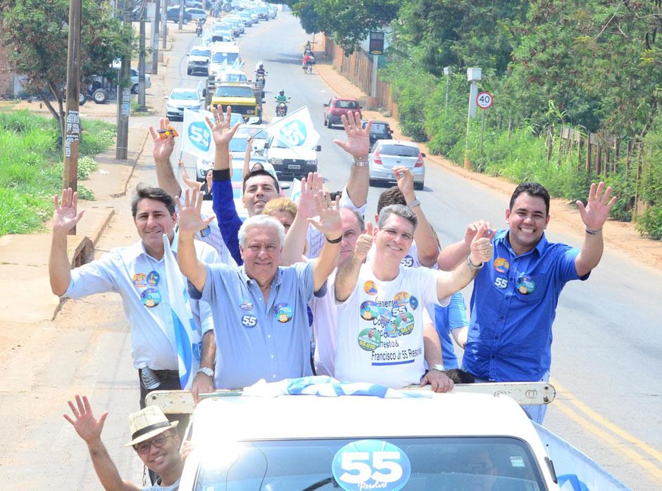 Lideranças se unem a Francisco Jr e fazem maior carreata da eleição