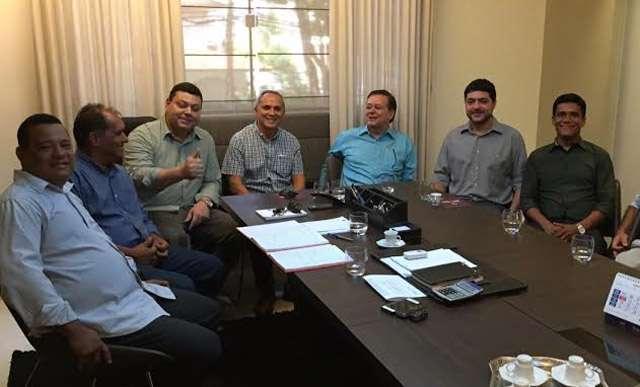 Bittencourt debate Goiânia com lideranças do PMN