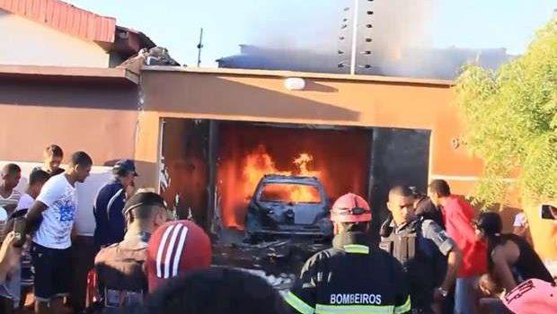 Avião cai em cima de residência e deixa cinco mortos no Maranhão