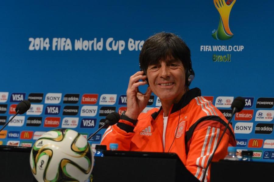 Técnico Joachim Löw estende contrato com a seleção da Alemanha até 2020