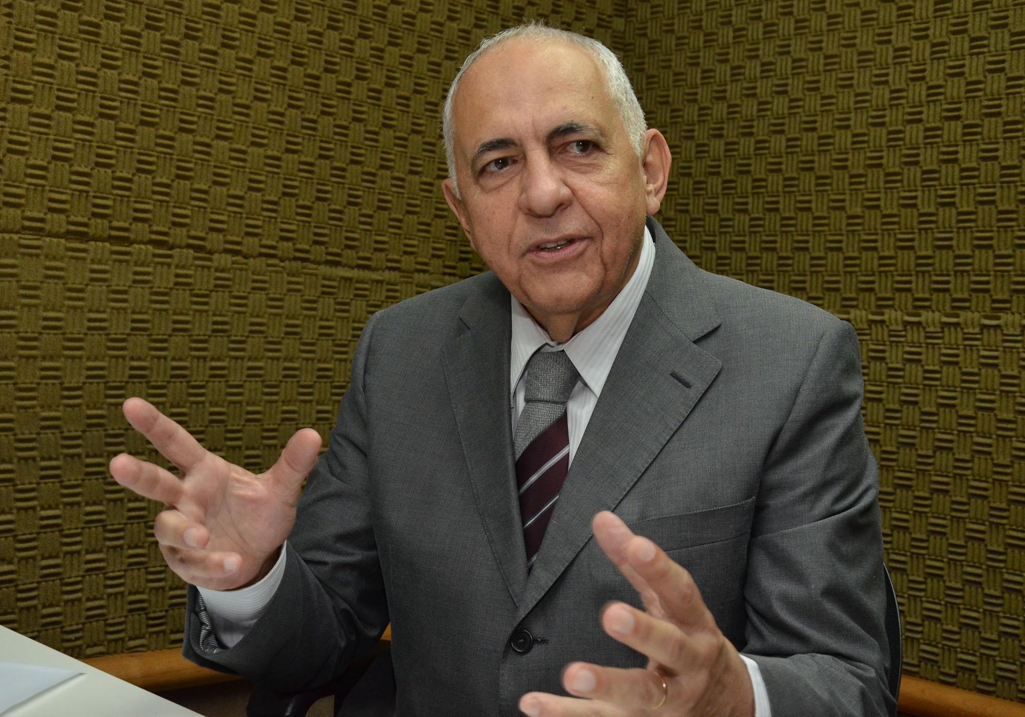 Ex-chefe da Casa Civil, José Carlos Siqueira é empossado presidente da Saneago