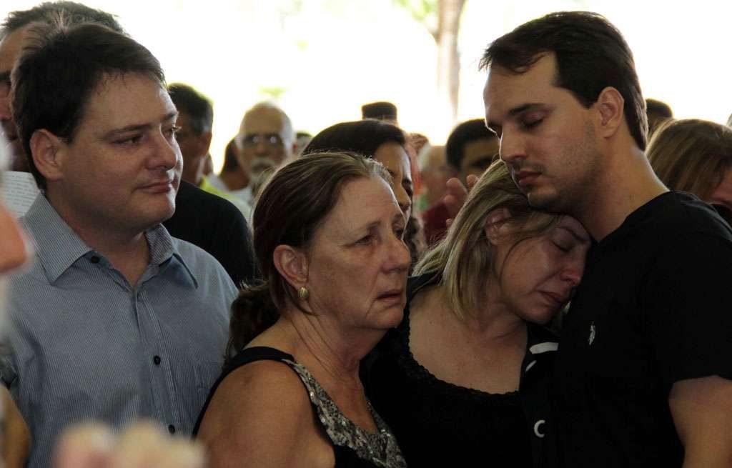 Emoção marca o velório do ex-prefeito Darci Accorsi