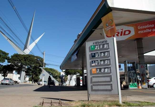 Procon Goiás pede liminar na justiça para reduzir preços dos combustíveis