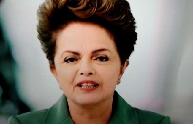 Goianos protestam com panelaço durante pronunciamento de Dilma Rousseff