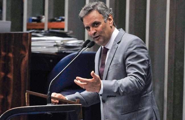 Aécio fala em pedir abertura de nova CPI em 2015