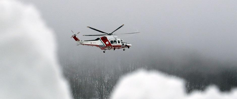 Bombeiros encontram sexta vítima de avalanche na Itália