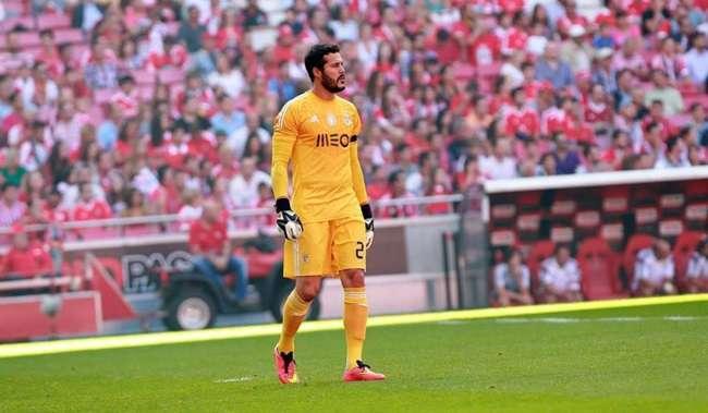 Recuperado, Julio Cesar deve ser titular do Benfica