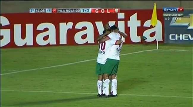 Vila perde para Portuguesa e freia reação na Série B