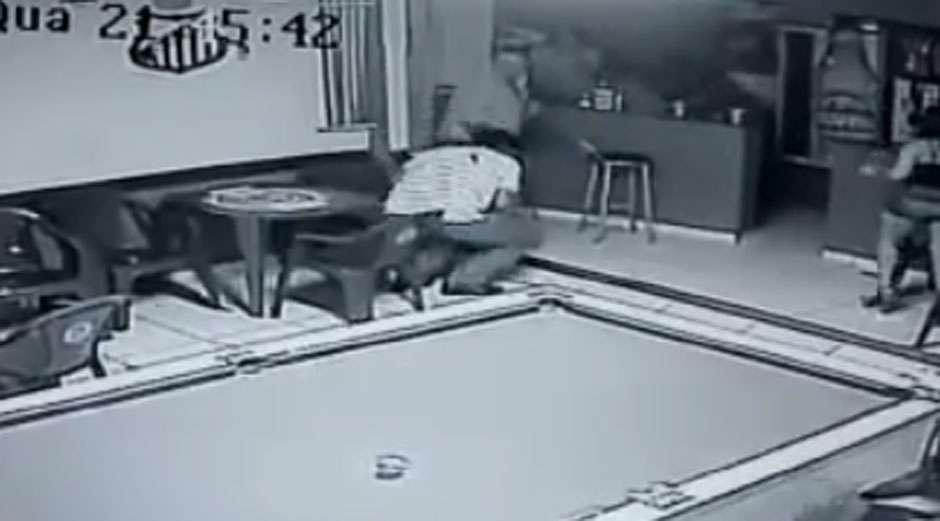 Rio Verde: homem é morto durante assalto em bar