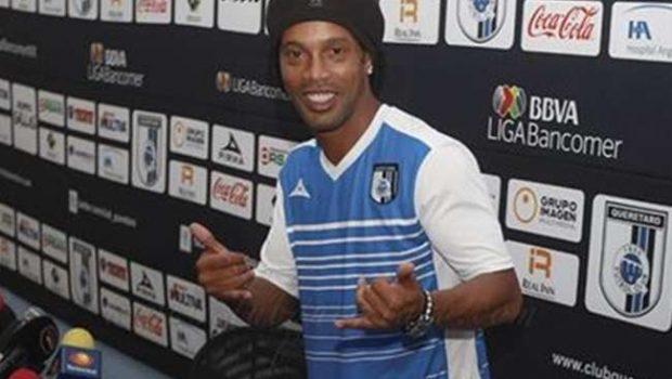 Vítima no México, Ronaldinho pede 'basta' ao racismo