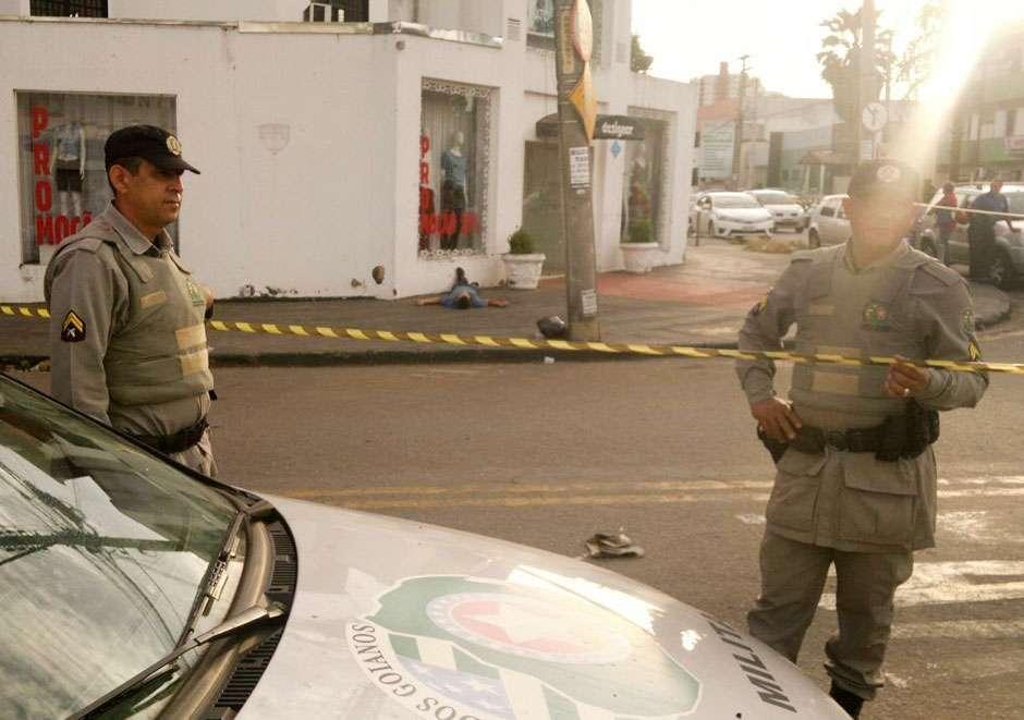 Bandido morre após troca de tiros com vigilante no Setor Bueno