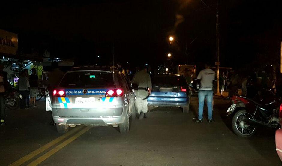 Homem é morto dentro do carro em rua do Parque das Laranjeiras