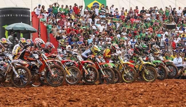 Estrutura do Mundial de Motocross em Trindade está perto de ser finalizada