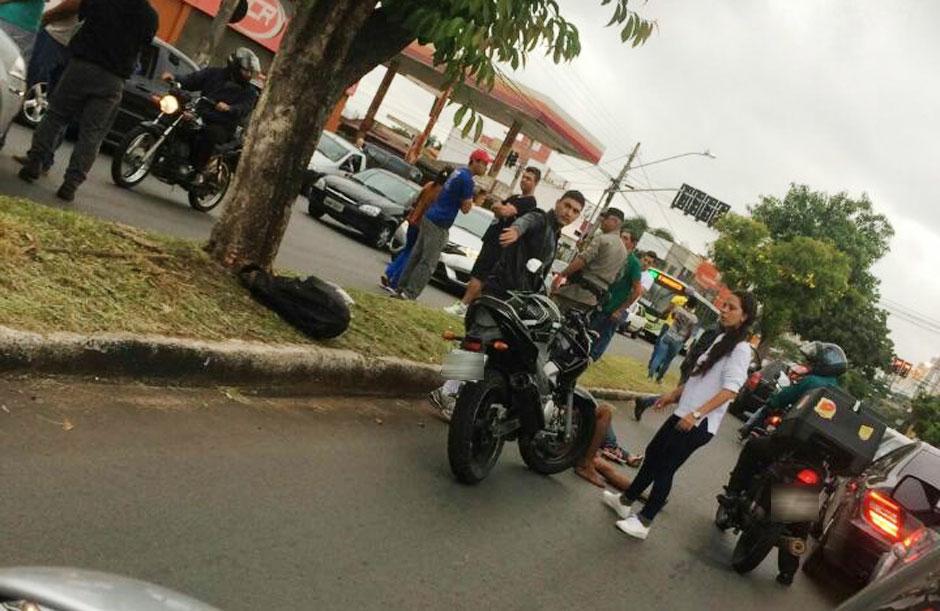 Policiais de folga testemunham tentativa de assalto e atiram contra suspeitos