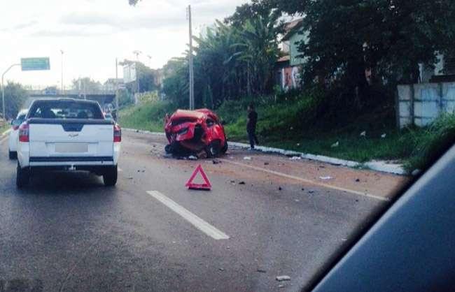 Acidente grave é registrado nessa madrugada na Marginal Botafogo