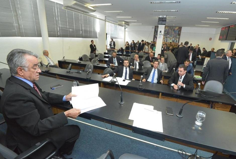 Comissão aprova extinção do horário de verão em Goiás