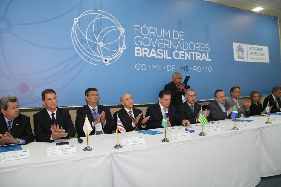 Governadores elogiam protagonismo de Marconi na defesa da integração regional