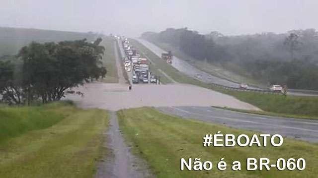 PRF nega que água da represa João Leite tenha invadido a BR-060
