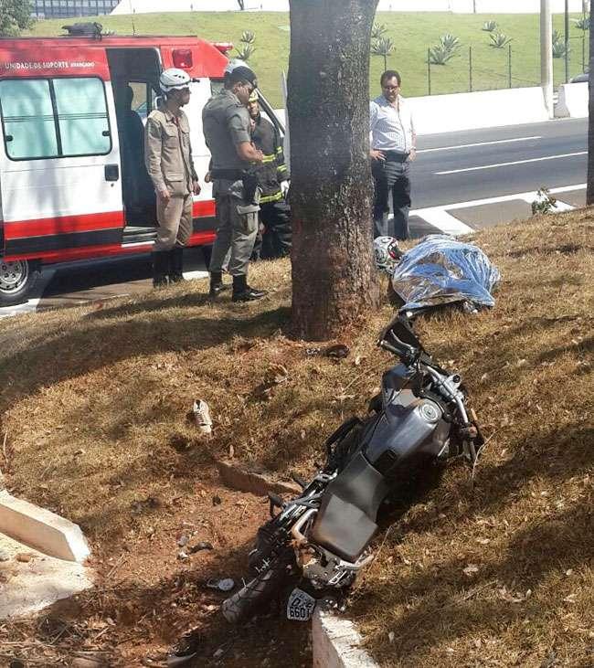Jovem de 21 anos morre em acidente de moto na GO-020