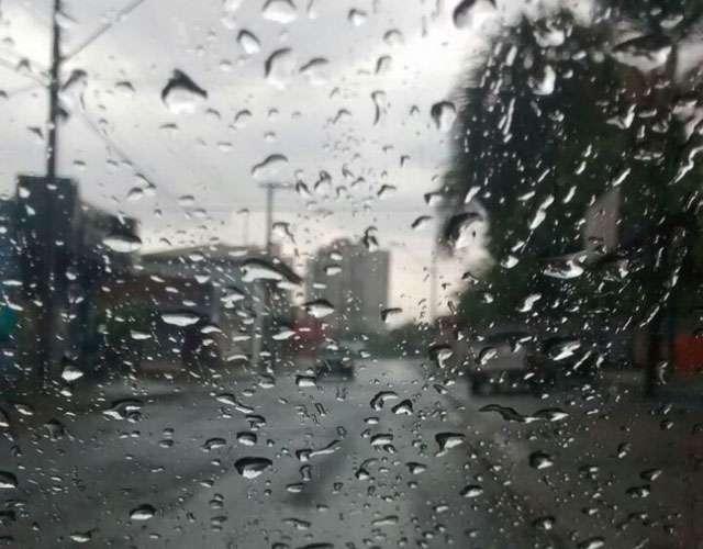 Frente subtropical traz nuvens e chuvas em Goiás neste sábado