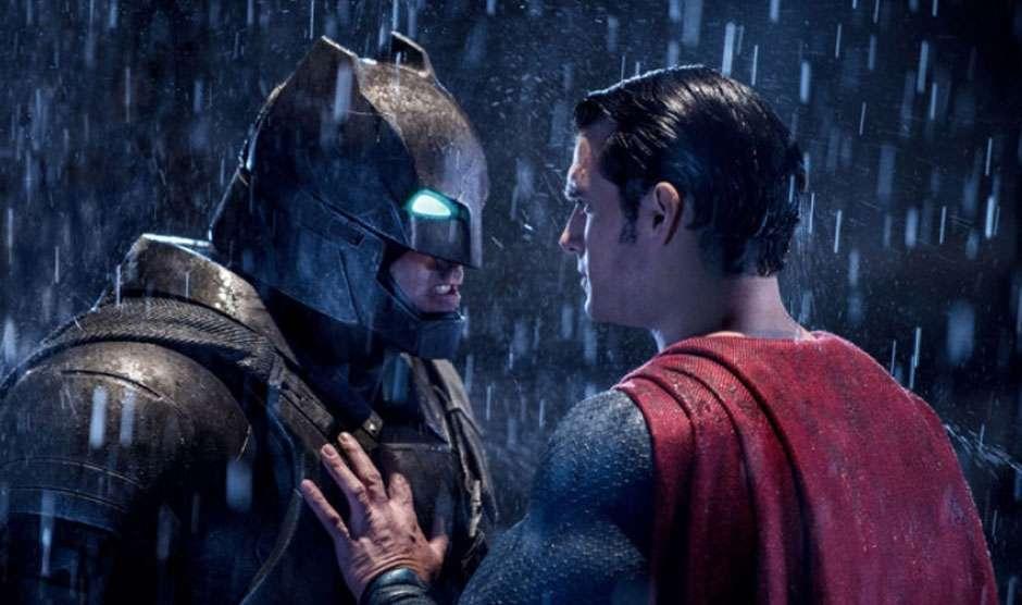"""""""Batman vs Superman"""" arrecada US$ 170 milhões na estreia"""