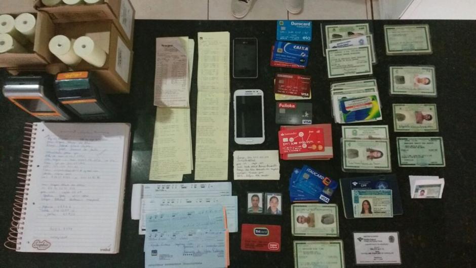 Casal suspeito de aplicar golpes em instituições financeiras usando documentos falsos é preso