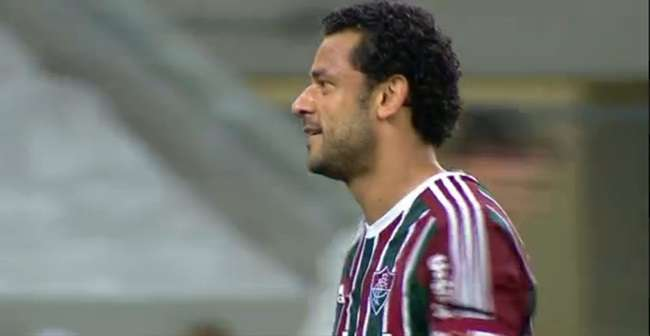 Fluminense vence, entra no G4 e complica o Palmeiras