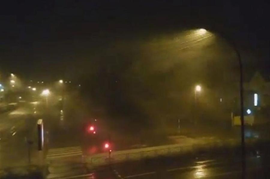 Fortes tempestades deixam 46 feridos e 200 mil casas sem energia na França