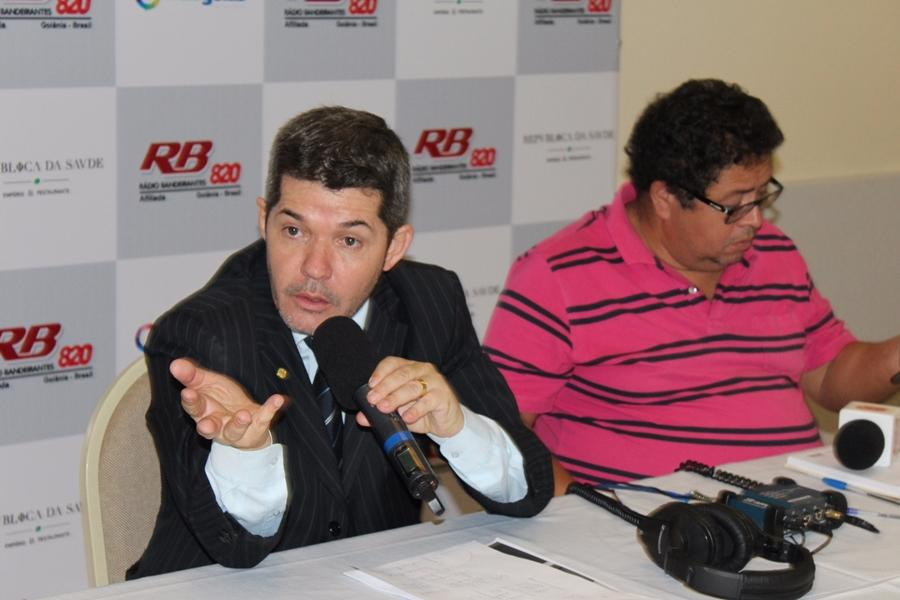 Delegado Waldir diz que foi humilhado pelo PSDB
