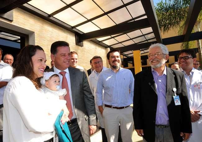 Médicos e comunidade espírita visitam o Hugol