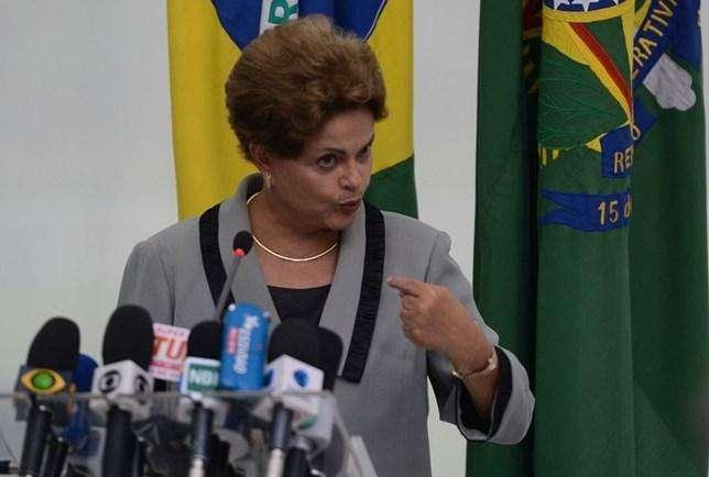 PSDB quer usar 'pedalada fiscal' como motivo para impeachment de Dilma
