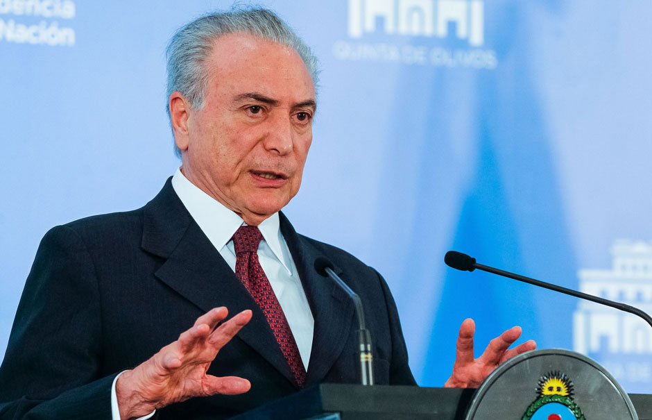 Oposição promete apresentar às 15h o segundo pedido de impeachment de Temer