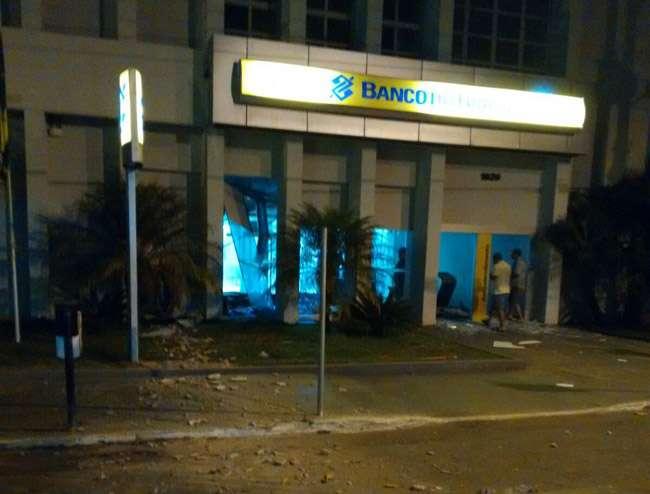 Agência do Banco do Brasil é alvo de bandidos na cidade de Pontalina