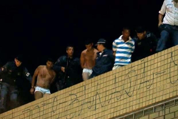 Homens são presos de cueca ao tentar roubar sauna gay em Brasília