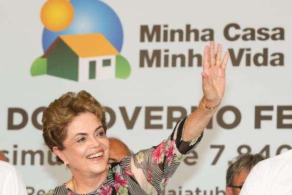 Dilma: país precisa acabar com mosquito antes que comprometa crianças e grávidas