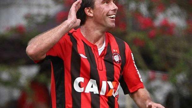 Paulo Baier pode voltar ao futebol goiano em 2015