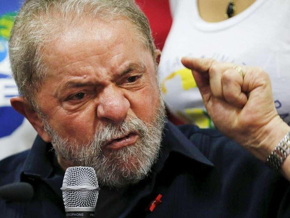 """Em áudio, ex-presidente disse ser preciso """"achincalhar"""" Moro"""