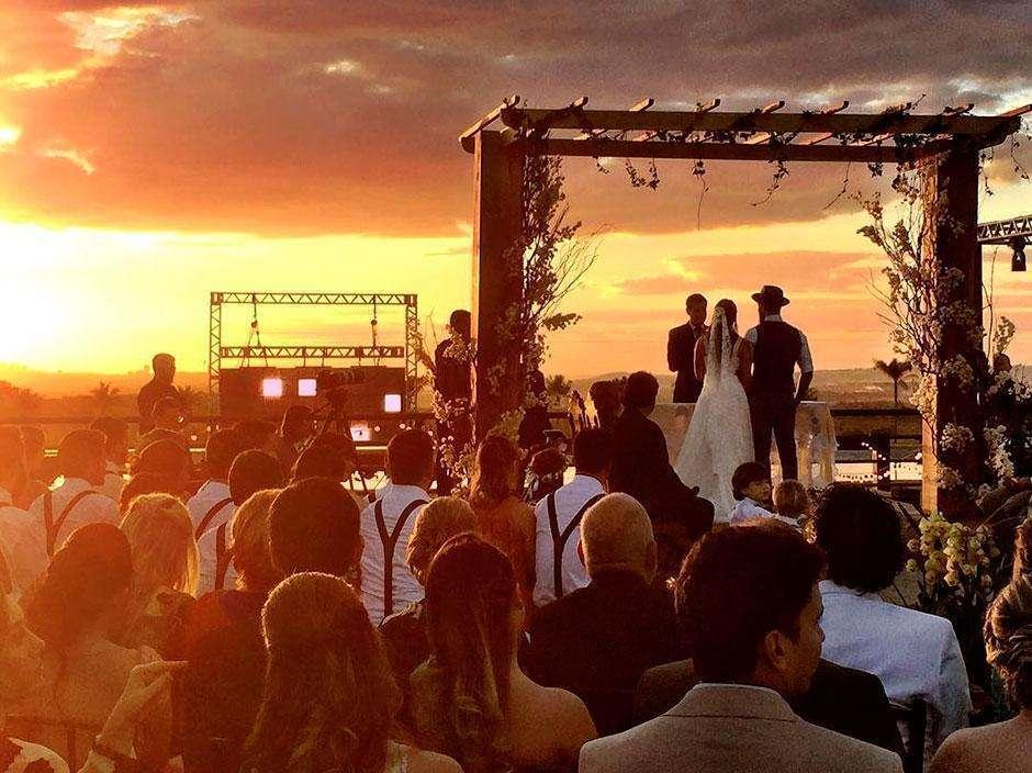 Sertanejo Mateus se casa em Goiânia; veja fotos