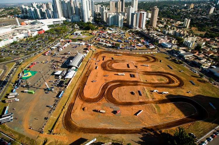 Rally dos Sertões terá roteiro inédito em 2015 com chegada em Foz do Iguaçu