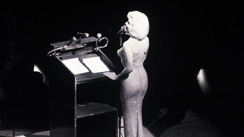 Vestido de Marylin Monroe é leiloado por US$ 4.8 milhões
