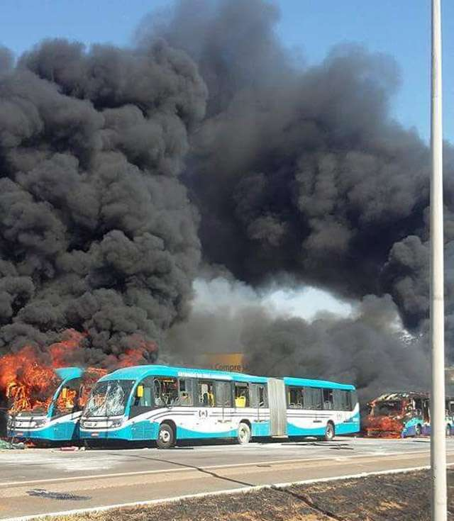 Seis ônibus já foram queimados em protesto na GO-070