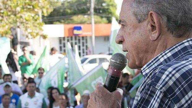 Iris volta de São Paulo para pedir votos no interior