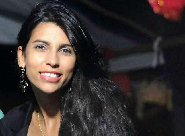 Jovem de 22 anos e morta a tiros por motociclista no Setor Bueno, em Goiânia