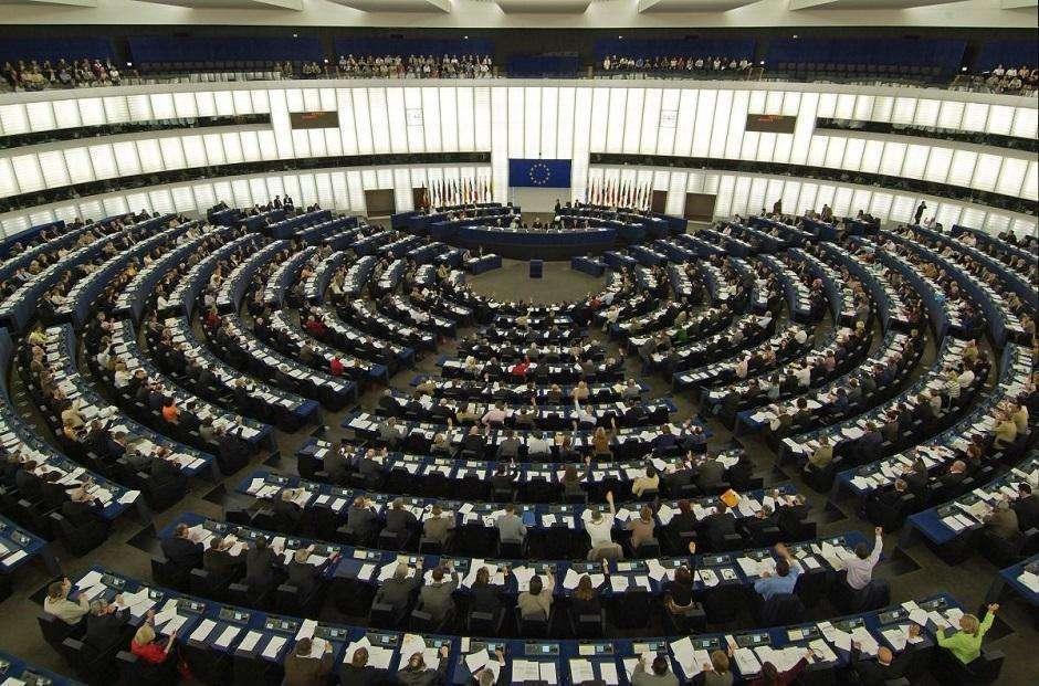 União Europeia aprova maior proteção de dados